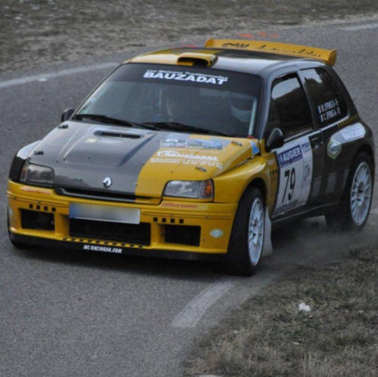 Renault Clio Maxi.jpg