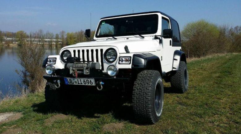 Jeep.0098931.jpg