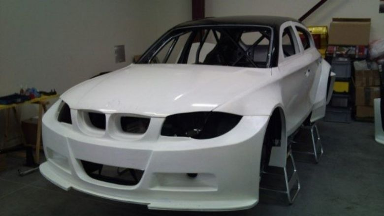 bmw pro1racing front large 11.010.jpg