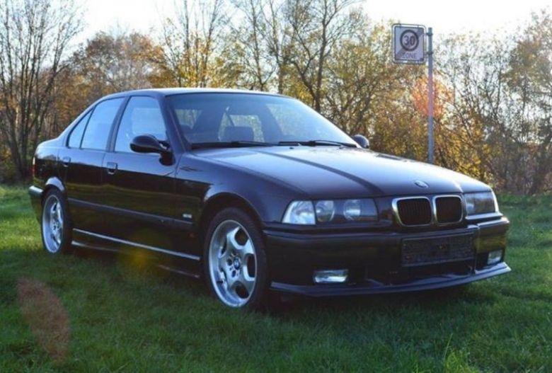 BMW-M3off.34561.jpg