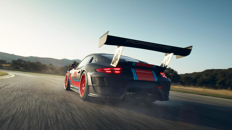 Porsche 911 GT2 RS Clubsport auf der Rennstrecke
