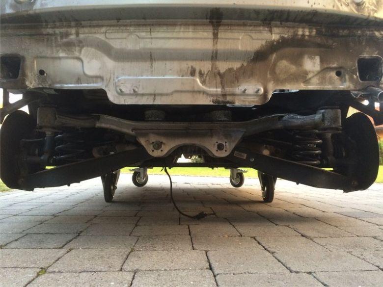 Audi A3 hinten-unten.jpg