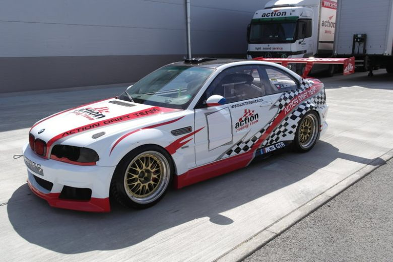 BMW GTR 46 03.JPG